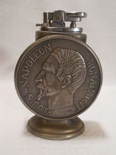 Table lighter - Louis - Napoleon Bonaparte - In pewter - Second half of the 20th century.
