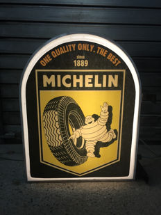 Unique large Michelin double sided lightbox - 68 x 52 x 18 cm - illuminated advertising sign - XXL dealer garage bar sign - 1990s