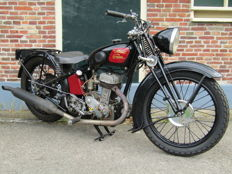 Monet-Goyon - L4 350 cc side-valve - 1934
