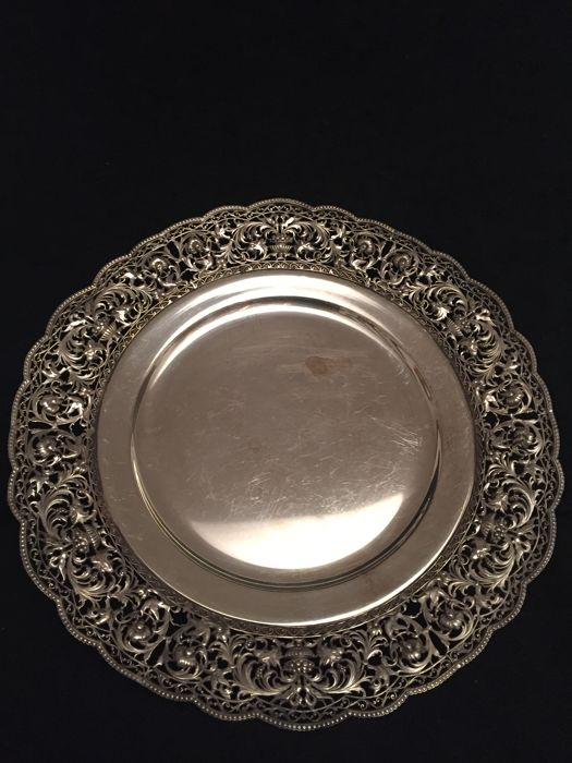 Centrepiece plate Italy 1900