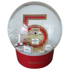 Chanel - Snow globe dome automatic very large very rare Accessories