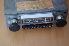 Blaupunkt Essen (s)) classic car radio with FM (UKW) from 1967 from Porsche 911/912