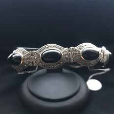 925 silver bracelet with marcasite and onyx stones - 33.66 - 19 cm