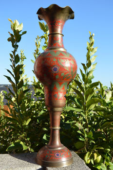 Splendid very big email vase in solid brass body multi color - India - 90 cm High - 8 Kilos