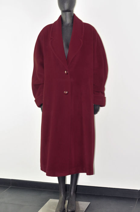 a few days away lowest price detailing Elena Miró - Cashmere coat - Catawiki