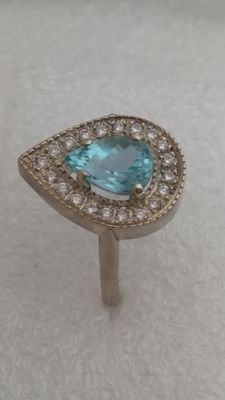 Ring in 18 kt white gold with aquamarine and diamonds.  Size 15 (55) No reserve price