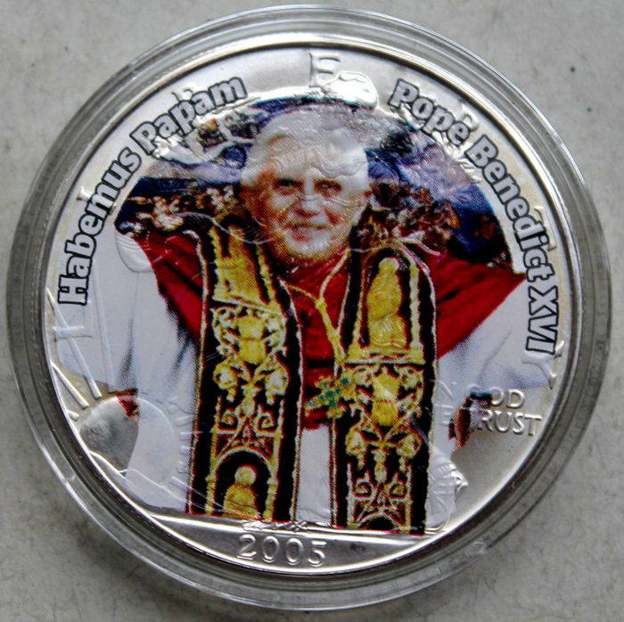 USA – 1 Dollar 2005 'American Eagle – Pope Benedikt XVI' with picture in colour – 1 oz silver