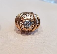 Red gold ring from the late Art Deco, approx. 1940 with a 0.5 ct diamond from approx. 1920