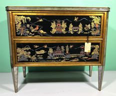 Jans2en Furniture - hand-painted and decorated commodo from the Chinoiserie series