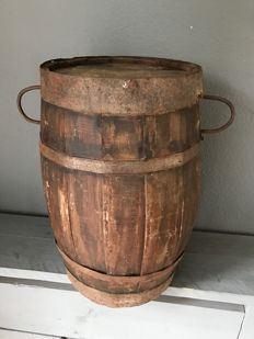 Wooden wine barrel of hardwood - 2nd half of 20th century - France, Burgundy