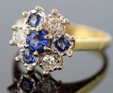 18K Yellow Gold Ladies Ring With Blue Sapphire (0.71 CT Total) and Diamonds (0.30 CT Total), Sheffield 1991, By MJJ - Size: (UK) = R (US) = 8 3/4 (EU) = 58 1/2