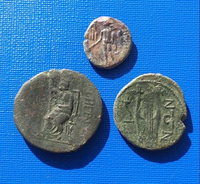 Greek Antiquity -- Italy, Magna Graecia Bruttium Rhegion (494–89 BC) -- Lot of three bronze coins