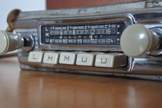Blaupunkt Frankfurt classic car radio with FM - 1964
