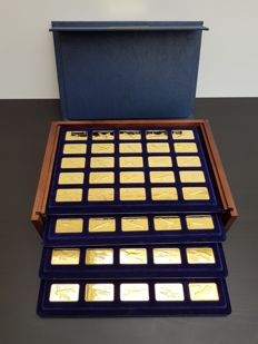 The Jane's Medallic Register of the World's Great Aircraft - 100 24 carat Gold on solid Bronze Ingots.