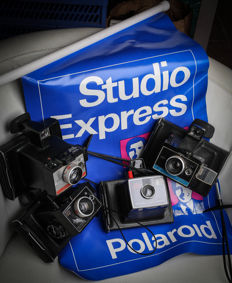 Polaroid Land Camera Colorpack 2 , 80 , 82 & ZIP (lot of 4 cameras) + 1 Studio Express flag