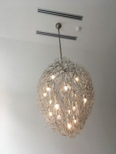Brand en Van Egmond – Hollywood glass chandelier