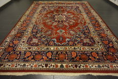 Oriental carpet Indo Tabriz with silk, made in India at the end of the 20th century, 250 x 340 cm