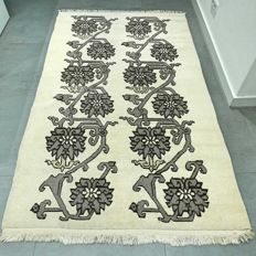 Art Deco carpet, Nepal - 195 x 120 cm