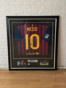 Lionel Messi signed and luxe framed Barcelona shirt + COA ICONS