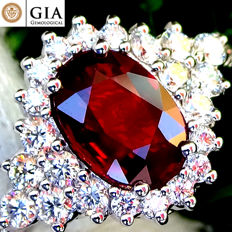 Red Ruby Ring Cocktail Diamond And 18 kt gold Unheated Natural Gemstone 1.95 ct Size 6.5 – GIA Certified – No Reserve