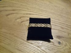 18 kt gold semi-rigid bracelet – 30.5 g