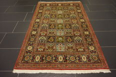 Exclusive handwoven Persian carpet -Qom - field Qom - wool with silk - 110 x 170cm - made in Iran - very good condition