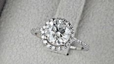 2.44 ct  round diamond ring in 14 kt white gold - size 7