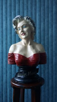 Fantastic Bust of Marilyn Monroe
