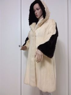 W. Iung Munchen mink fur coat made in Germany - coat with hood