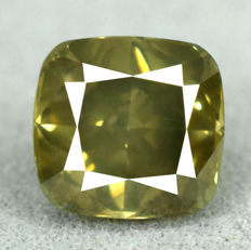 Diamond - 1.53 ct, Si1 – Natural Fancy Vivid Yellowish Green
