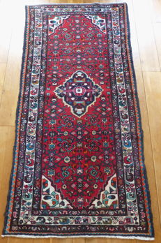 Hand-knotted Oriental rug - 248 x 118 cm - late-20th century