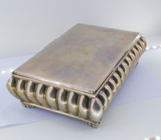 Cigar box made of 925 ml silver
