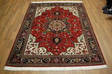 Genuine hand-knotted PERSIAN carpet Tabriz/IRAN - TOP QUALITY -