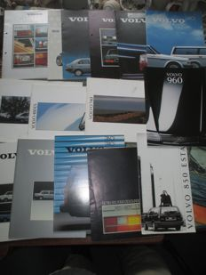 Automobile brochures (Volvo, 240/440/480/740/760/850/960, 15x, 1979-1993)