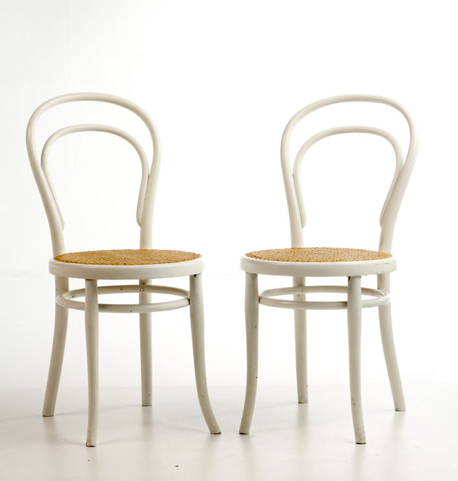 in Thonet model chairs over 214 white Catawiki Set painted qMpGUSzV