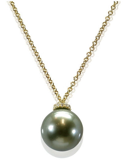 Beautiful Necklace Featuring 0.06Ct VS Diamonds Crafted in 18K Yellow Gold and a Lustrous Olive Green 10.8 mm Tahitian Pearl