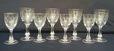 Mixed lot of 8 chiselled and cut crystal glasses - France - C. 1920