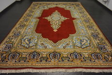 Exclusive hand-knotted Persian palace carpet, old flowers Lavar Kerman, 270 x 370 cm