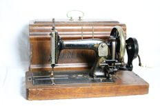 Beautiful antique Unicum Hand sewing machine, England, first half 20th century
