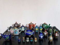 Cloisonné lot - China - second half 20th century