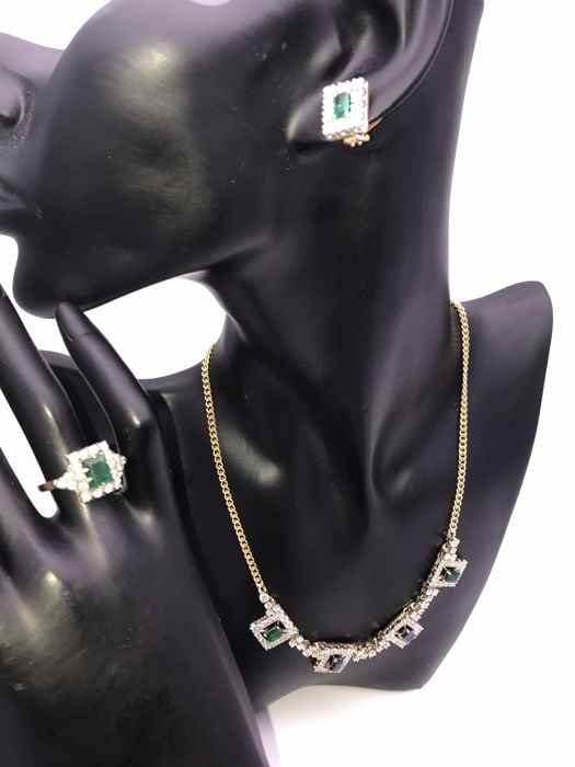 Diamond sapphire emerald jewellery set necklace, ring & clip-on earrings 750/18 kt yellow gold rectangular baguette cut with rectangular wreath of brilliant cut diamonds