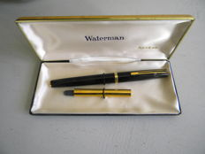 Superb vintage mint condition Waterman with its original semi flexible super no 6 two-tone 18 ct gold Nib