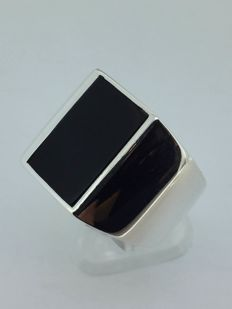 925 solid silver, stone: Onyx, size 60/19 mm
