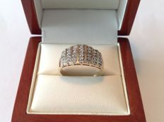 14 kt rose gold 7-row ring with 35 brilliants of approx. 0.75 ct in total, Top Wesselton F/G - VS/SI ring size 18.50 mm