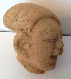 Pre-Columbian Tumaco - La Tolita culture head of a dignitary with deformed skull - Ecuador - 7,5 cm
