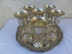 Serving tray in Rococo Style, silver plate, with 6 matching chalices -20th century