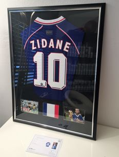 Zidane signed France 1998 Football Shirt shirt New Deluxe. No RP price !