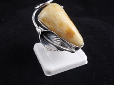 Silver 925 Ring with Baltic Amber