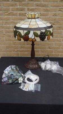 Large table lamp and wall light - stained glass - 2nd half of 20th century and depicting fruit and dragonflies