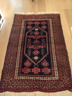 Hand-knotted Turkish carpet, 171 x 115 cm